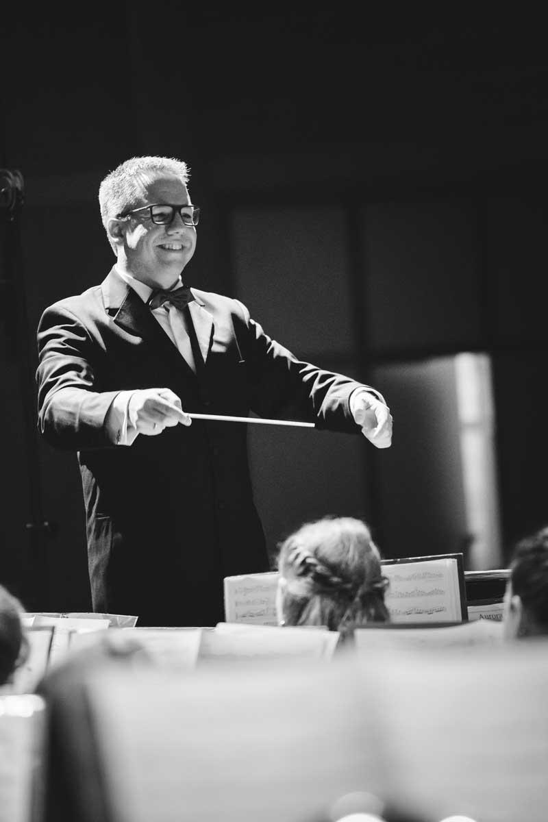 Jubiläumskonzert 2018 mit der Orchestergemeinschaft Seepark 004 - Michael Schönstein - Dirigent und Musiker aus Freiburg