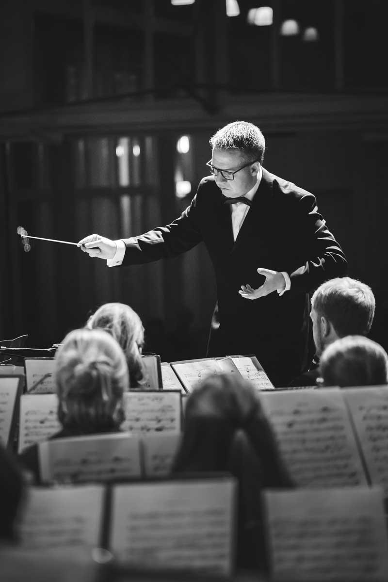 Jubiläumskonzert 2018 mit der Orchestergemeinschaft Seepark 005 - Michael Schönstein - Dirigent und Musiker aus Freiburg