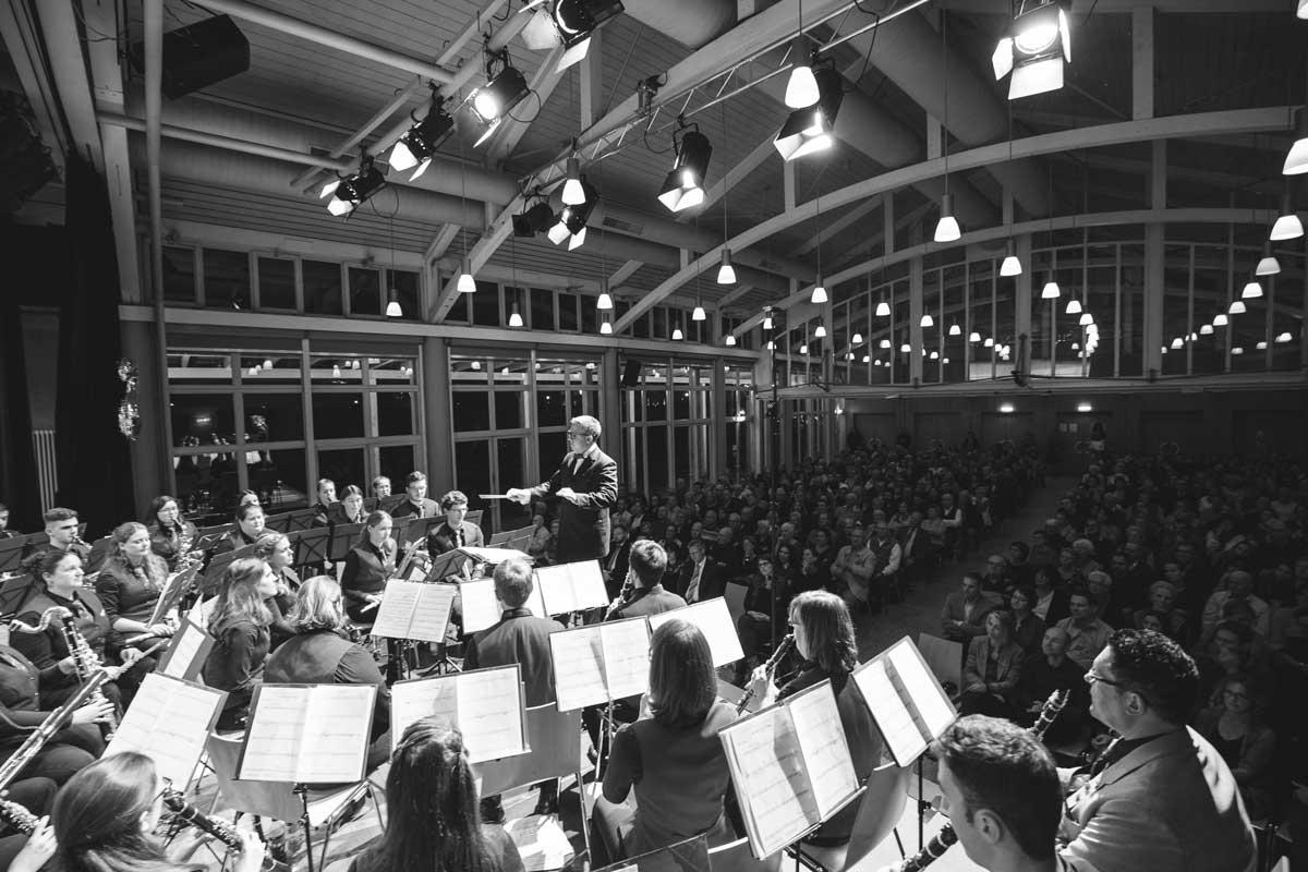 Jubiläumskonzert 2018 mit der Orchestergemeinschaft Seepark 003 - Michael Schönstein - Dirigent und Musiker aus Freiburg