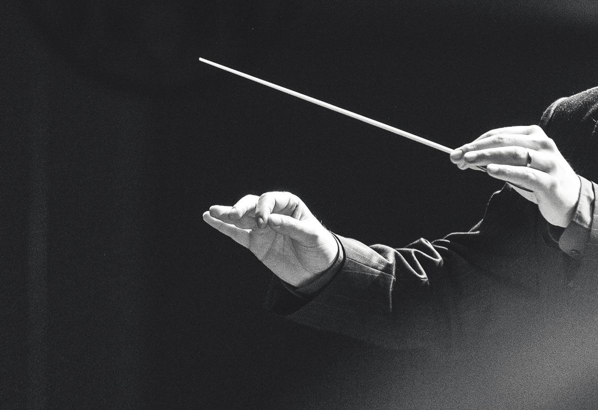 taktstock-michael-schoenstein-dirigent-musiker